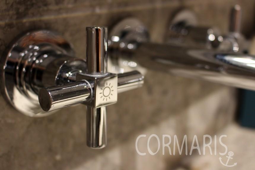 Hotel mit netten Details: Sonne? Warmes Wasser, klar. Foto: cku