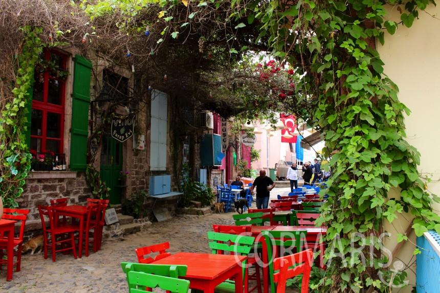 Die Welthauptstadt des Sitzmöbels muss Ayvalik, Ecke Cunda, werden. Foto: cku