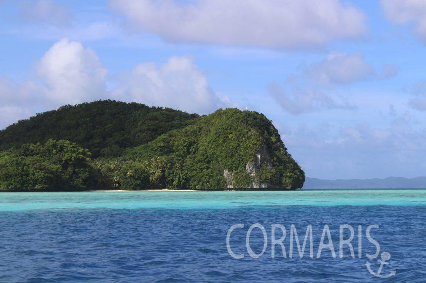 Auf solchen Inseln mitten im Pazifik trifft man die skurrilsten Leute. Foto: cku