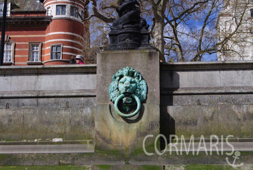 In London gibt's an jeder Ecke Löwen. Foto: cku